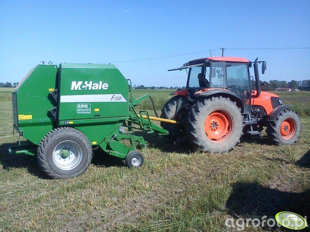 Kubota M108s i McHale F550