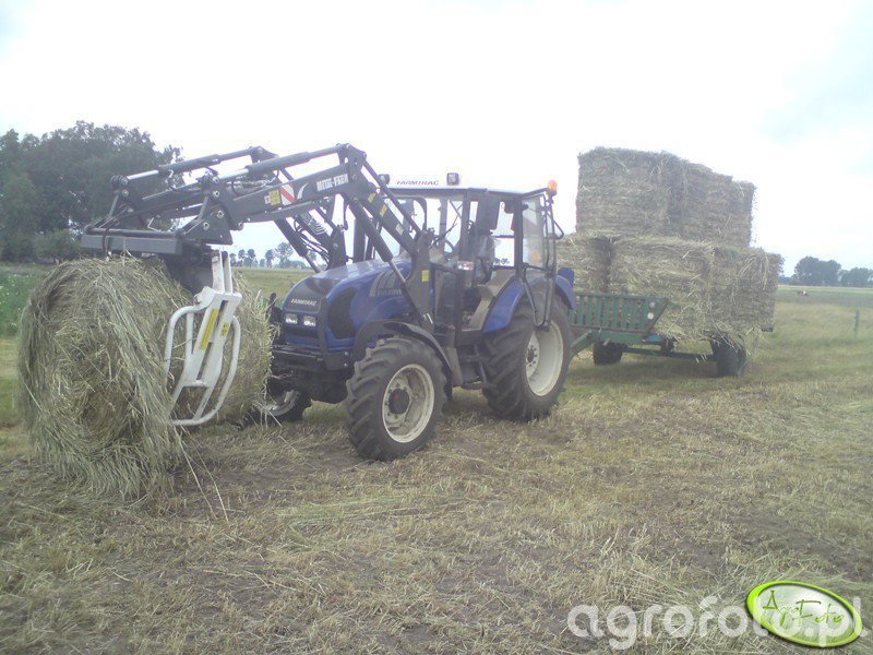 Farmtrac 675 DT + Tur i laweta