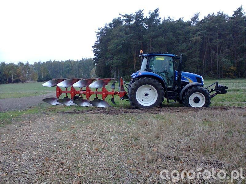 New Holland T6020 i kuhn