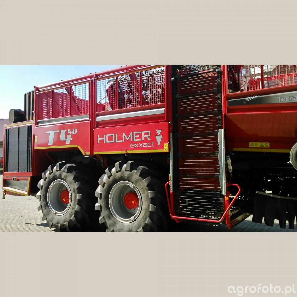 Międzynarodowy pokaz maszyn, urządzeń oraz sprzętu do uprawy i zbioru buraków cukrowych Beet Europe 2014 w Dobieszowie
