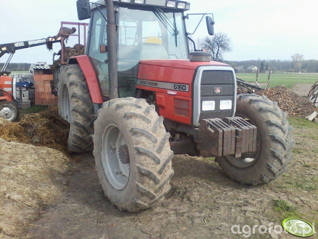 Fotografia traktor Massey Ferguson 6160 id:433008 - Galeria rolnicza