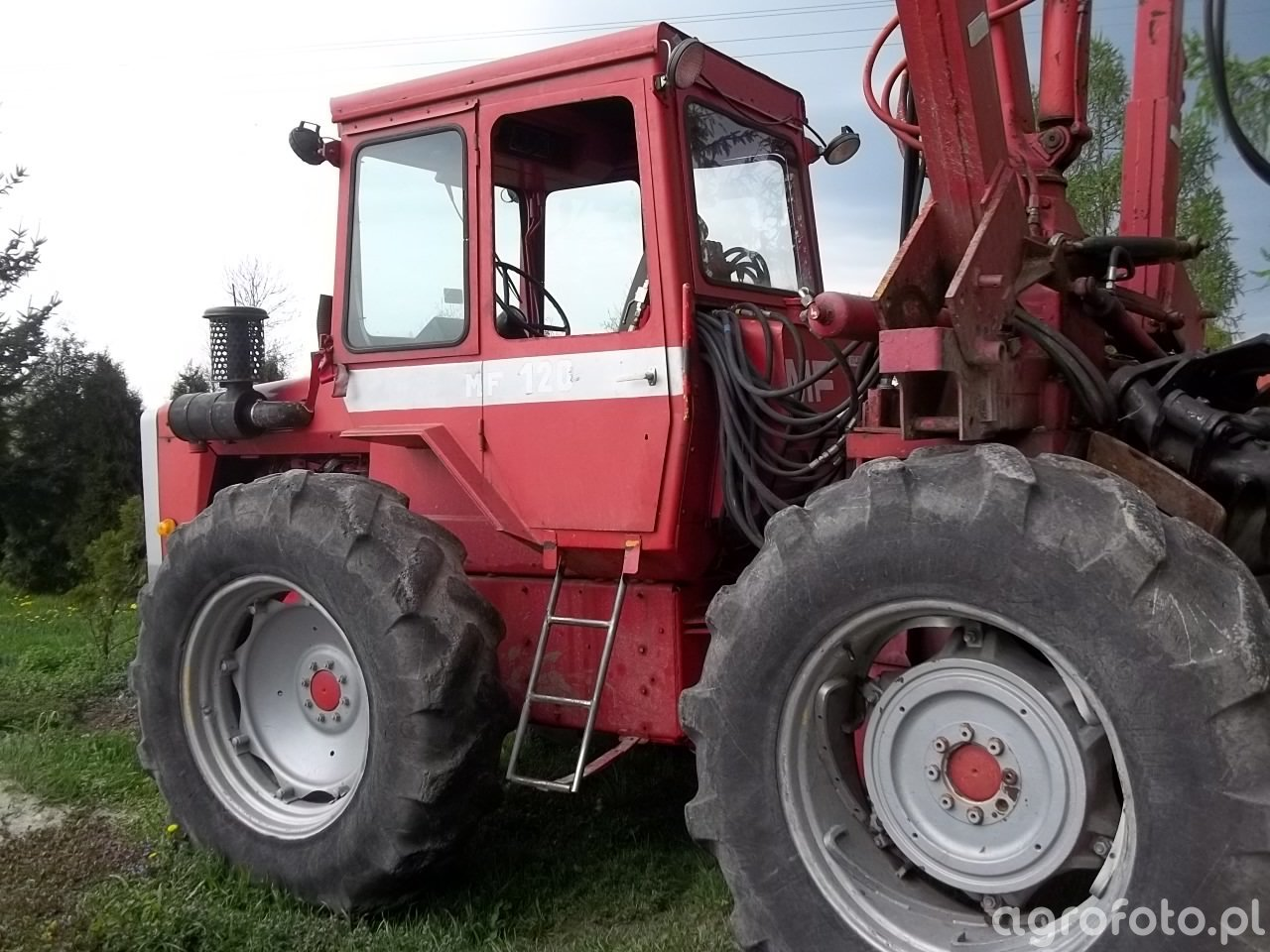Massey Ferguson 1200