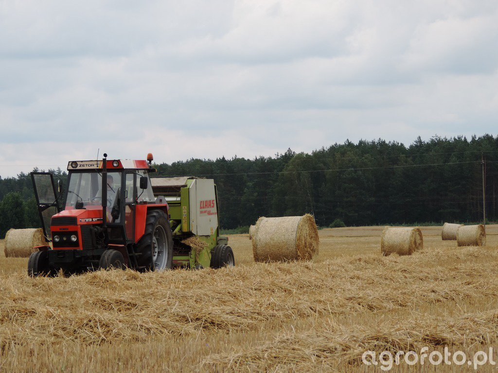 Zetor 10111 + Claas Rollant 46 RC