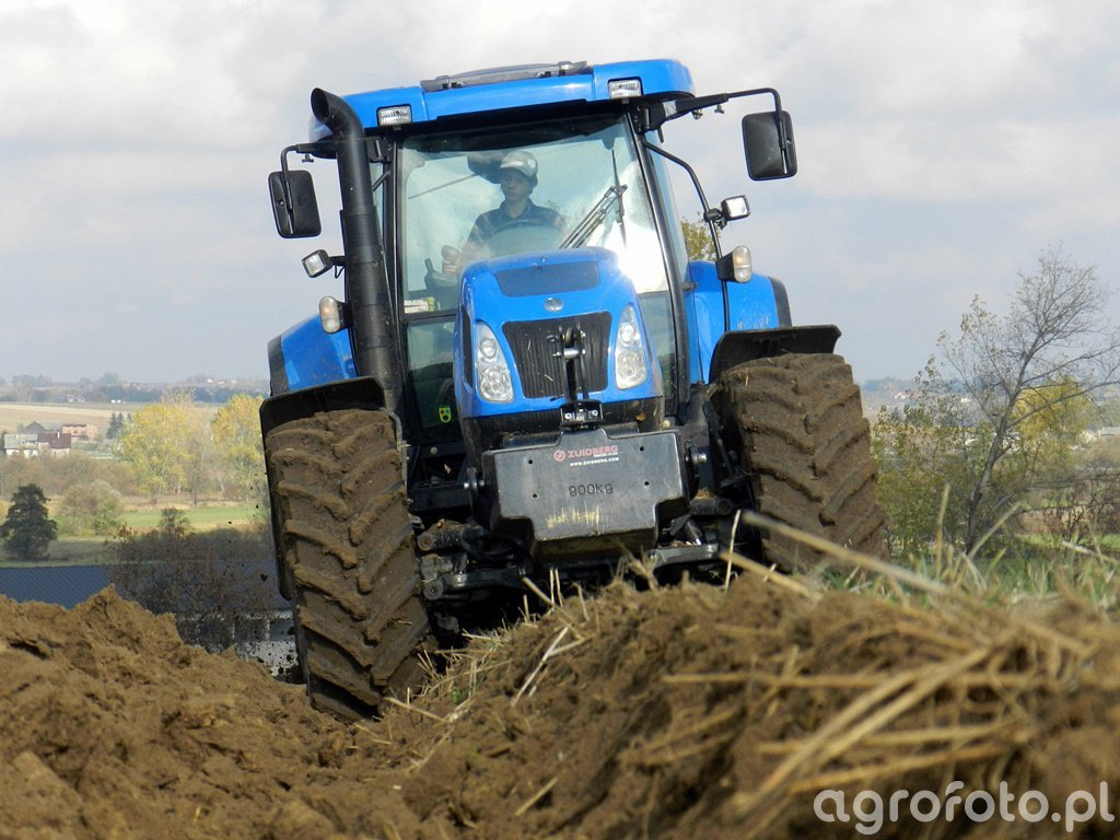 New Holland T7530 + Gregoire Besson