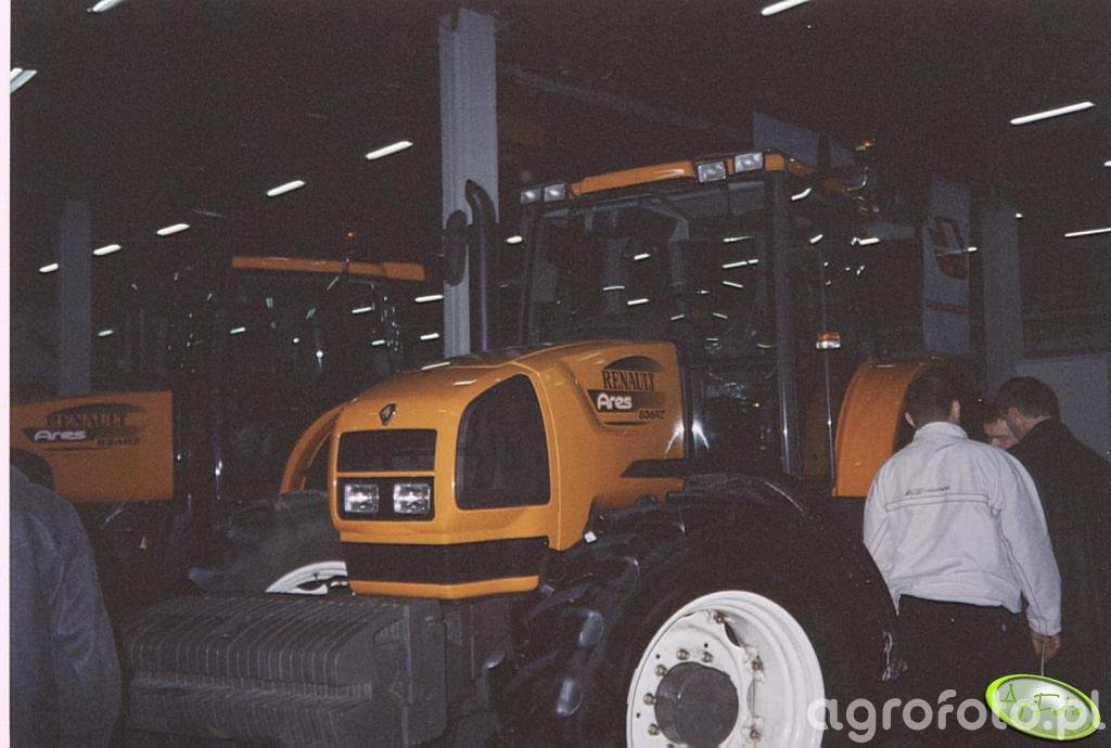 Renault Ares 836 RZ