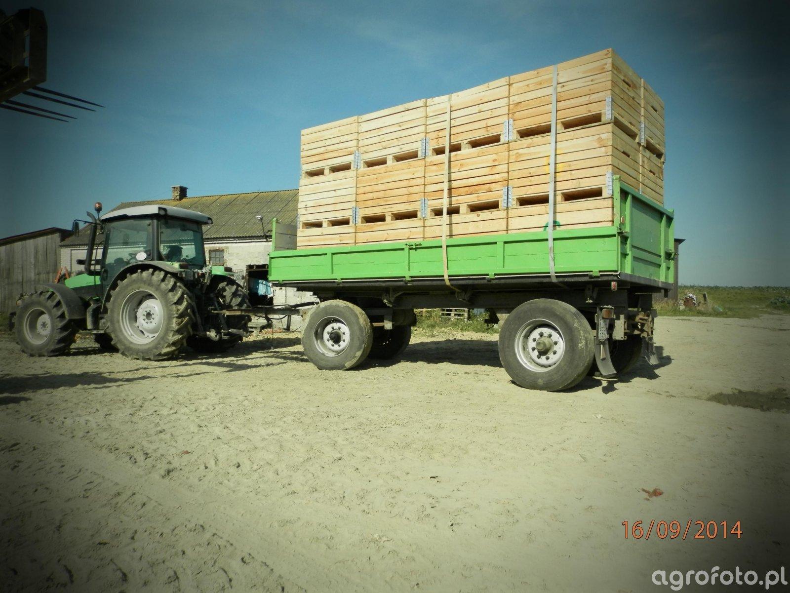 DF Agrofarm 430 profiline + HL 8011