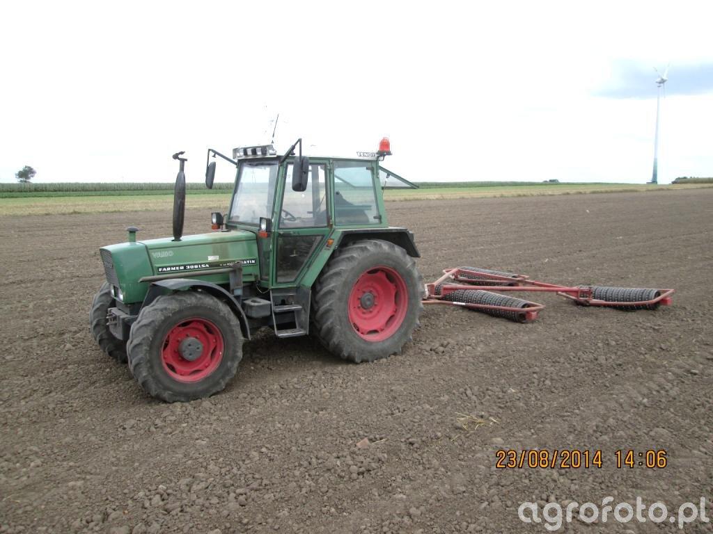 Fendt Farmer 306 LSA i Wał cambridge 4.2m