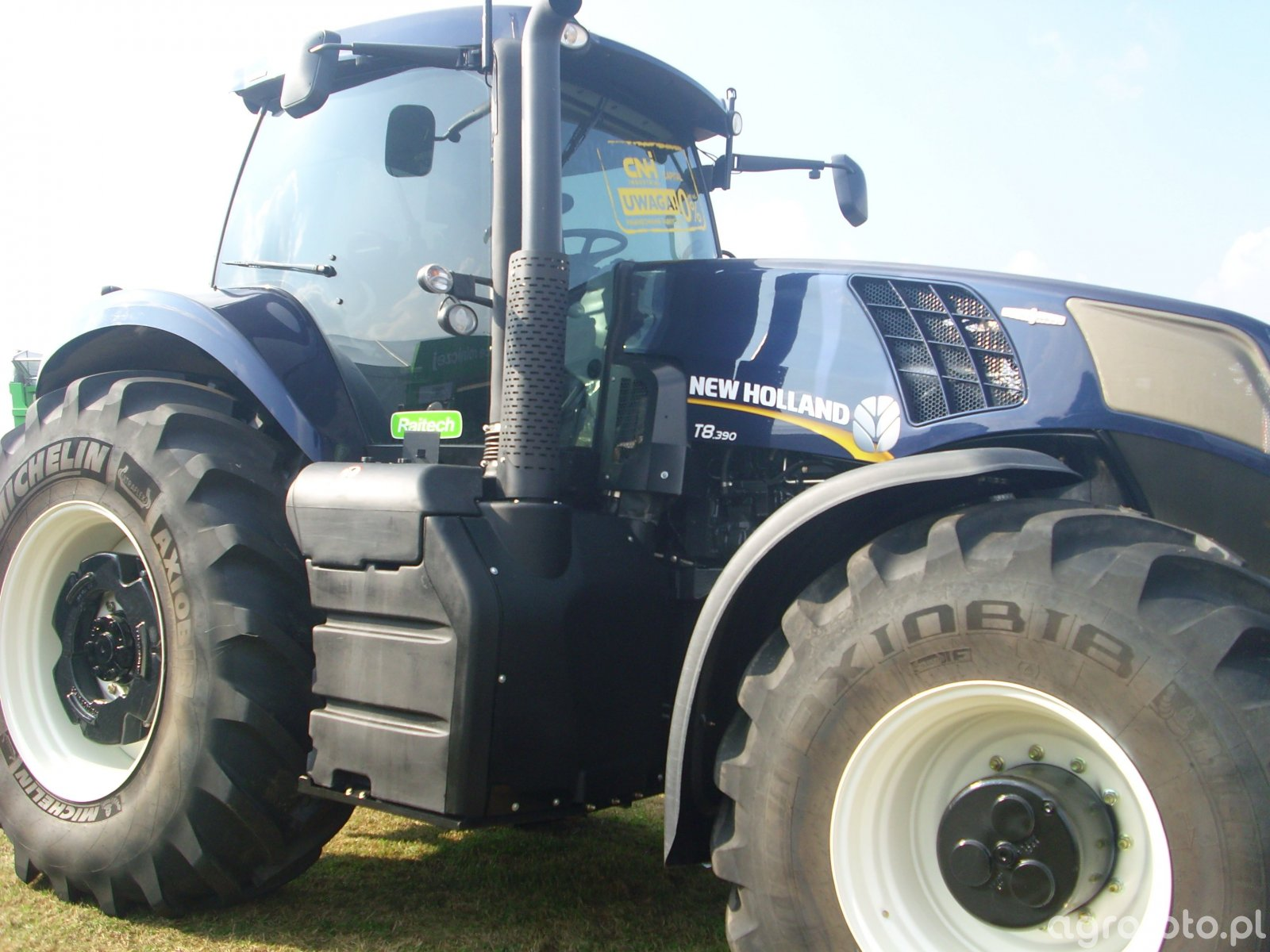 New Holland T8 390 :)