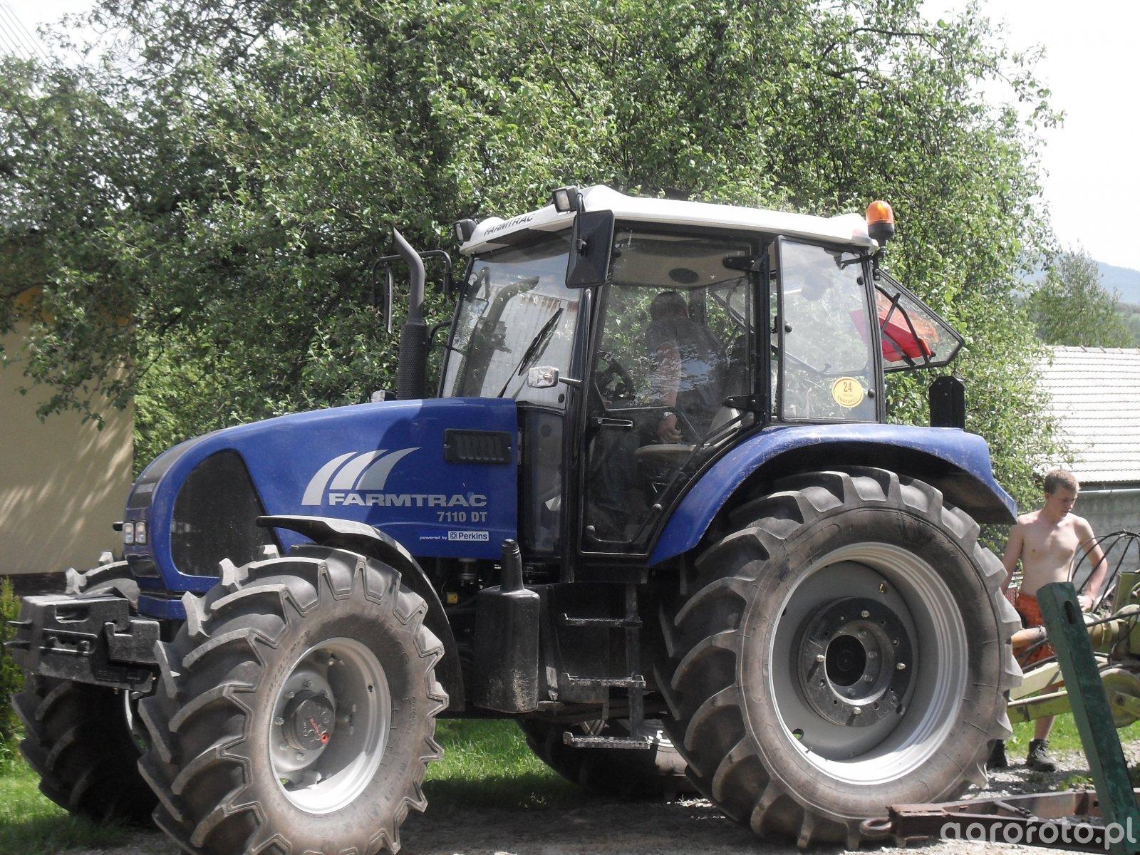 Farmtrac 7110