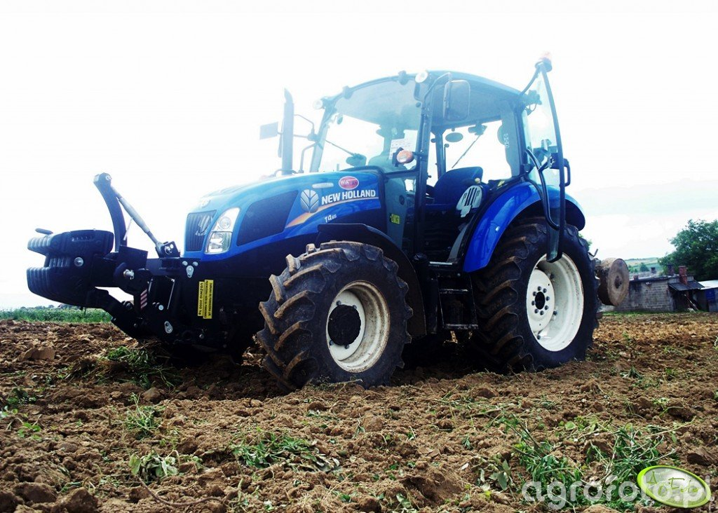 New Holland T4.65 Power Star + UG 2