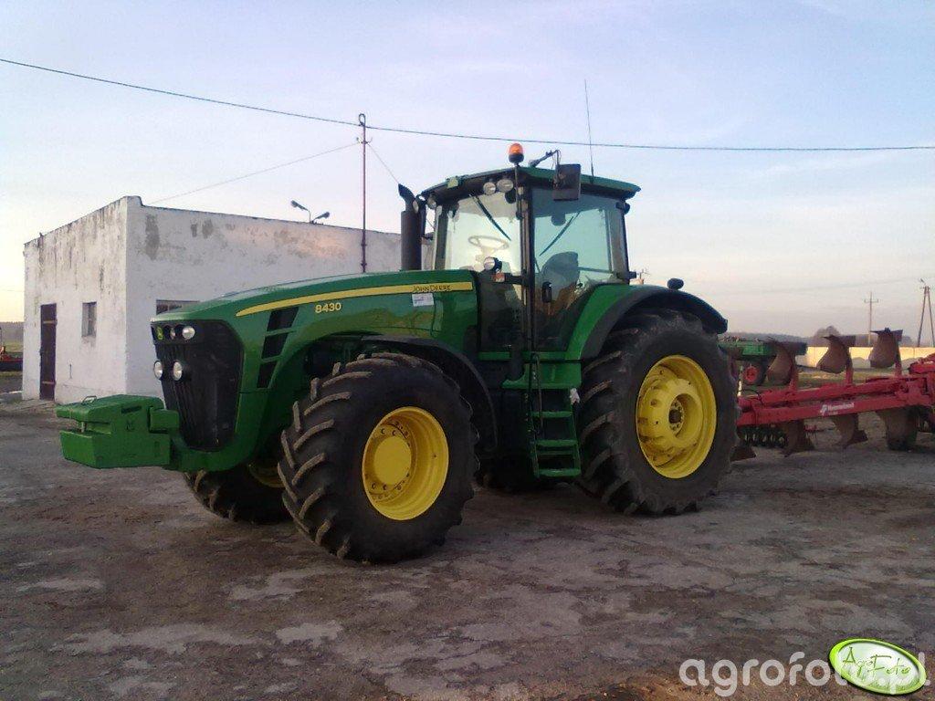 John Deere 8430 + Kverneland PL 100