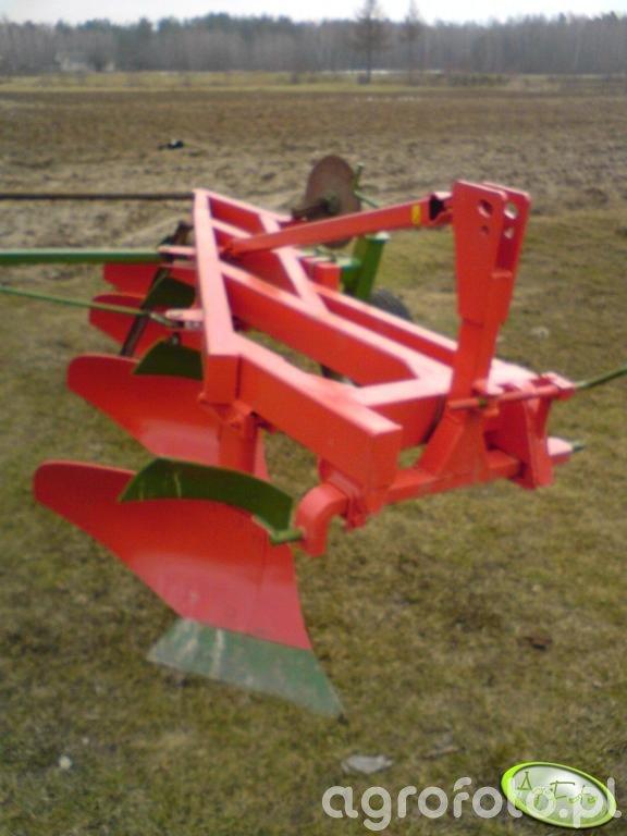 Agro-Masz 4-skibowy