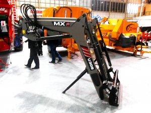 Ładowacz czołowy MX U308