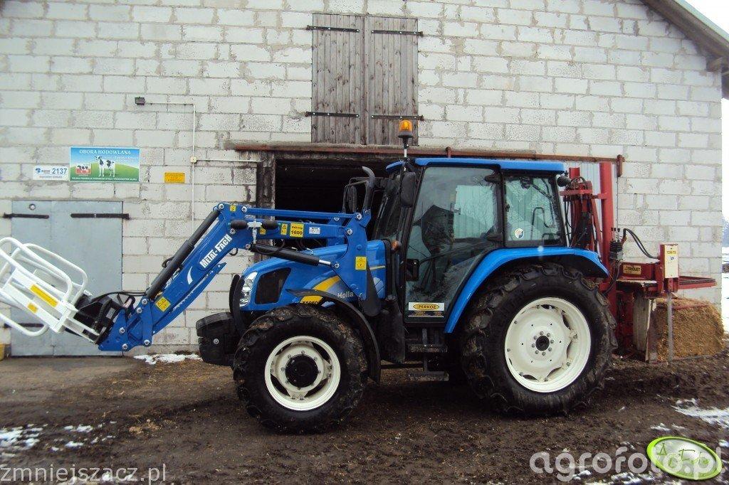 New Holland T5060 + Trioliet