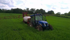 New Holland T4030 + Bury Pelikan Standard 1500