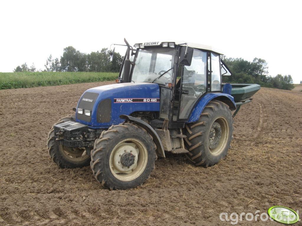 Farmtrac 80 4WD + rozsiewacz Amazone