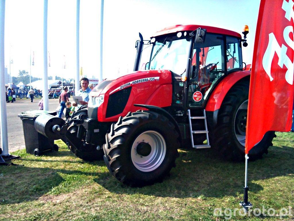 Zetor 135
