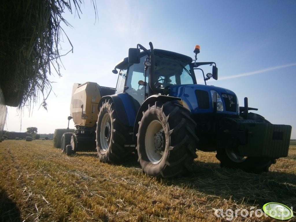 New Holland T5070 & Prasa NH BR7069