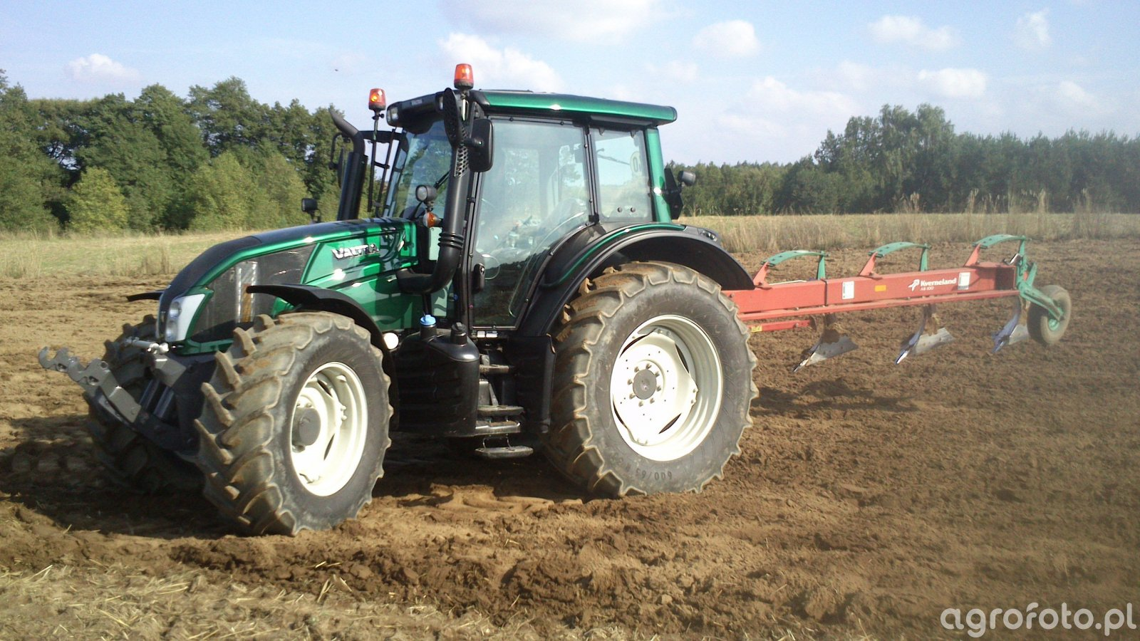 Valtra N113 + Kverneland AB100