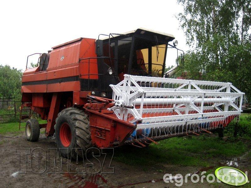 Kombajn Bizon BS Z110 - foto #224498 - Galeria rolnicza agrofoto