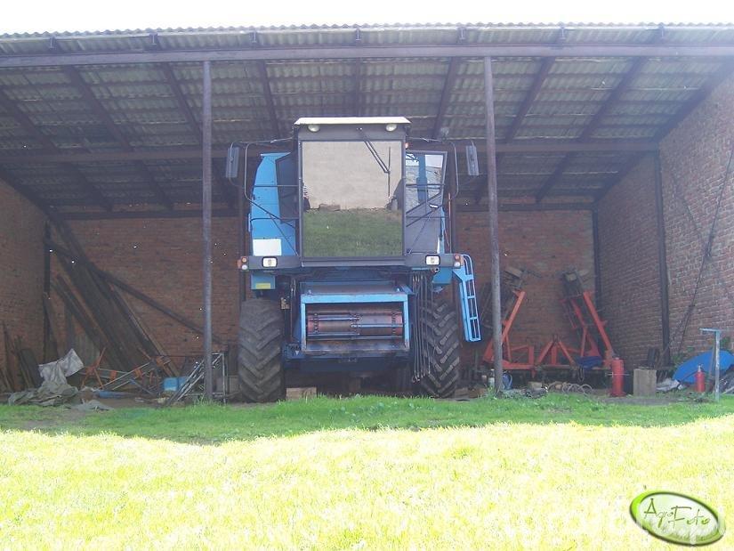 Kombajn Bizon BS Z110 - foto #144108 - Galeria rolnicza agrofoto
