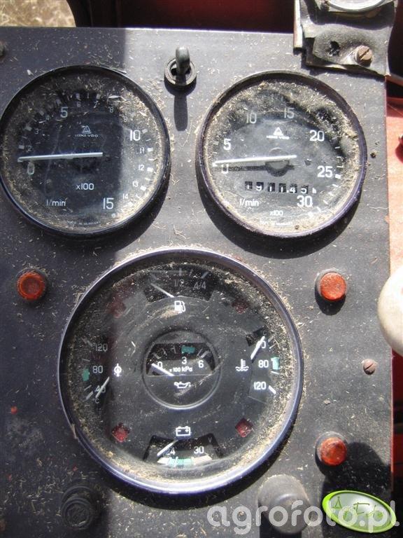 Bizon Z056 Super - zegary