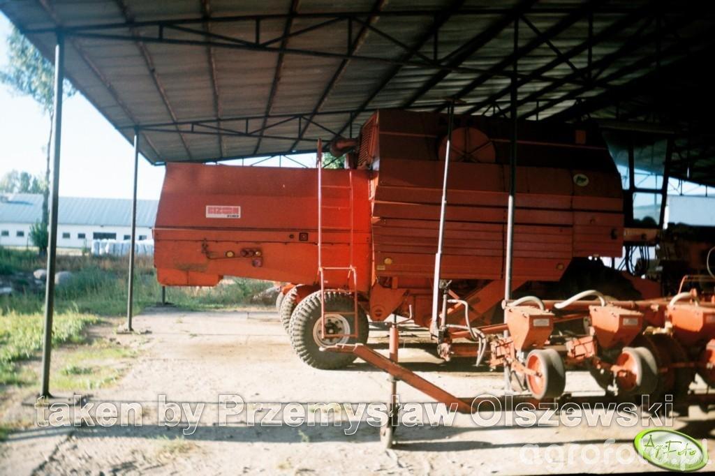 Bizon Z083 Gigant