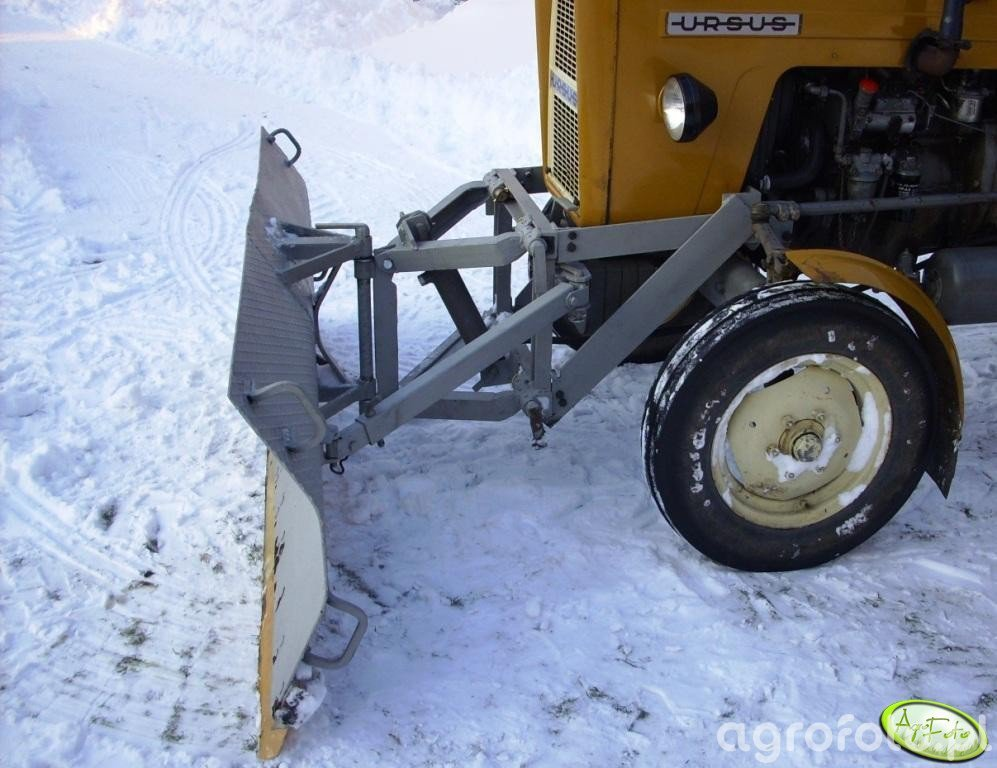 Młodzieńczy C-360 3P + pług do śniegu - Obrazek, fotka, zdjecie, photo #255467 TR43