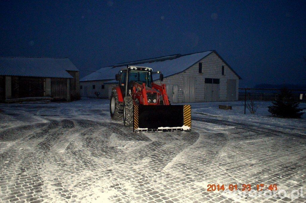 Massey Ferguson 5435 & pług do śniegu