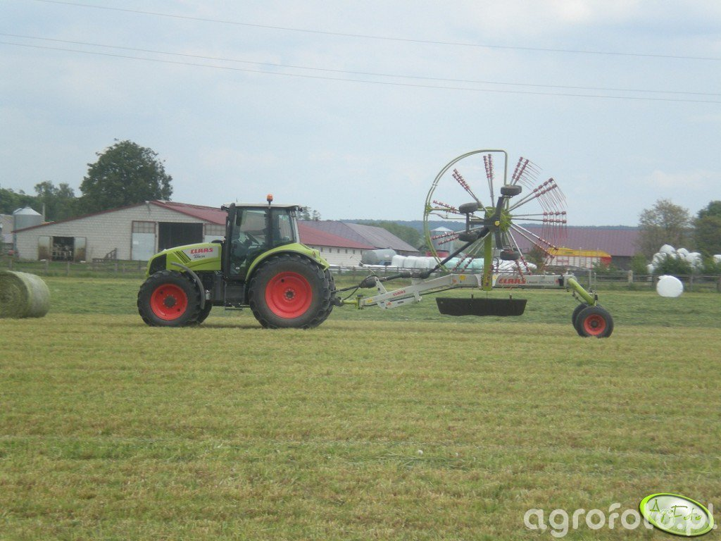 Claas Arion 410CIS + Claas Liner 2700