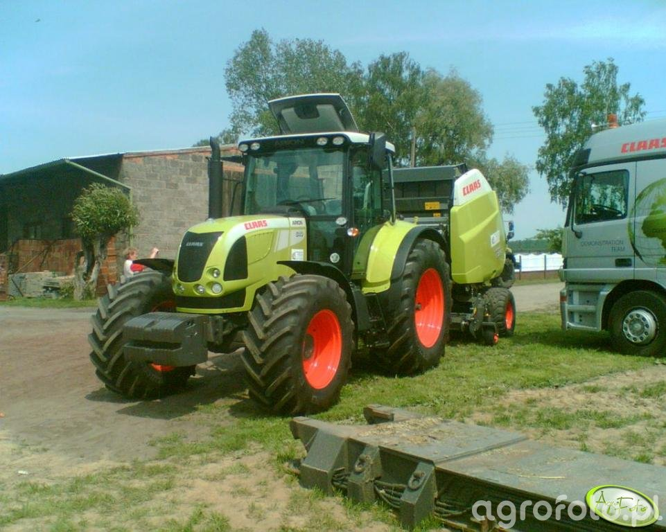 Claas Arion 540 + Variant 385