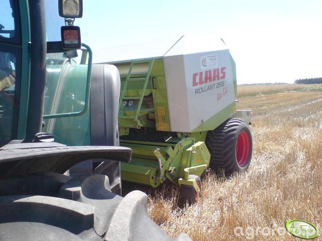 Claas Rollant 255RC