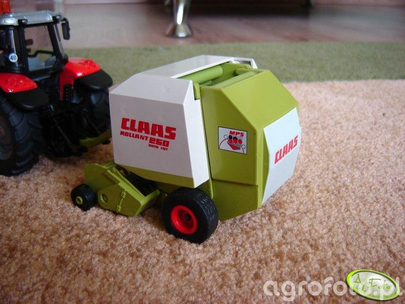 Claas Rollant 260 RC MPS
