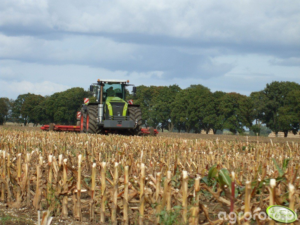 Claas Xerion 5000 Track