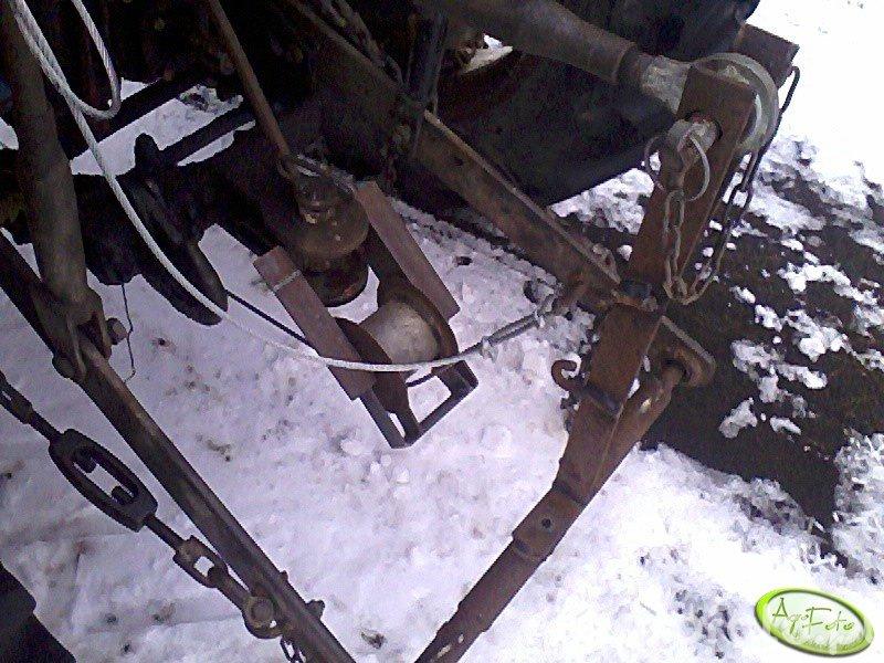 Uchwyt linki od pługa śnieżnego