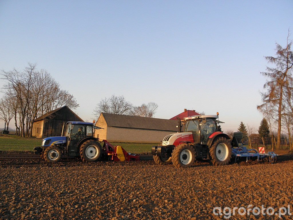 New Holland T4020 i Steyr Profi 6140
