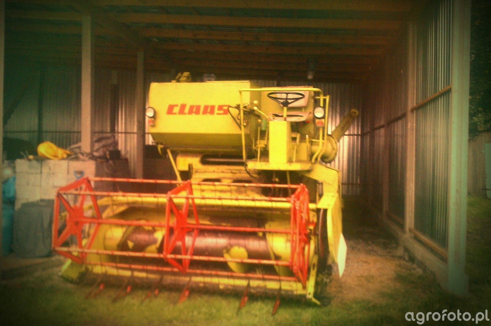 Claas Compact 25