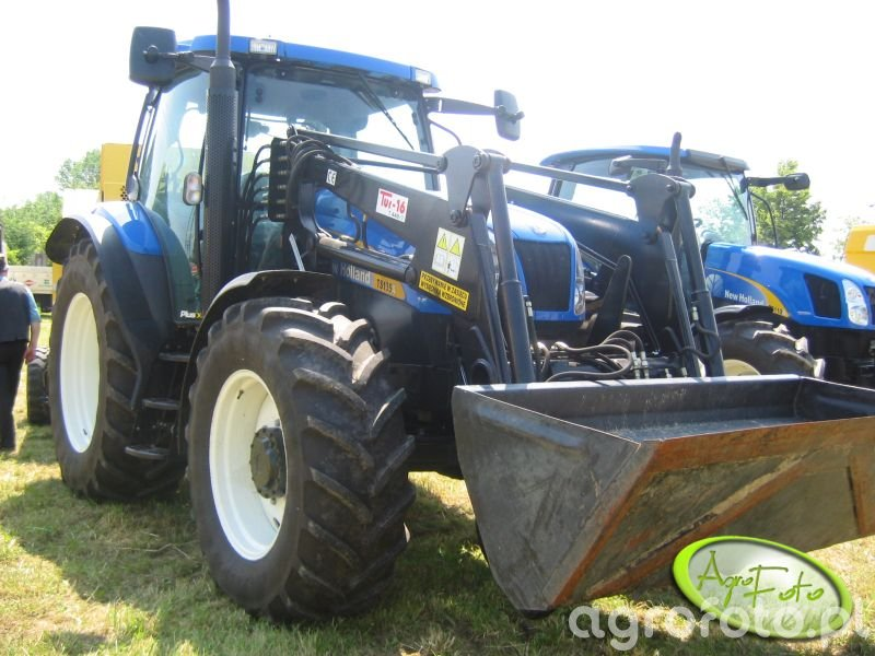 New Holland TS 135 + TUR 16