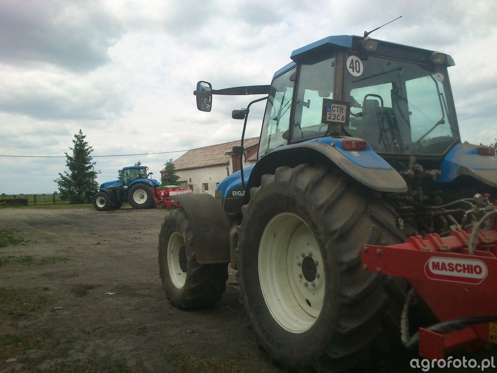 New holland T7040 & TM165