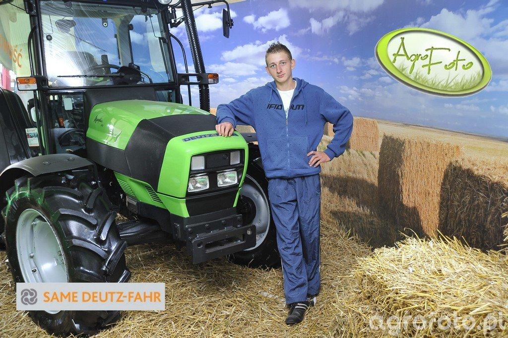 Deutz-Fahr AgroPlus 310 - C0025.jpg