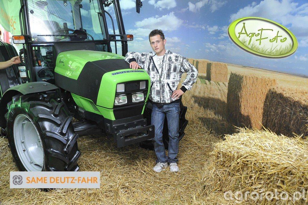 Deutz-Fahr AgroPlus 310 - C0088.jpg