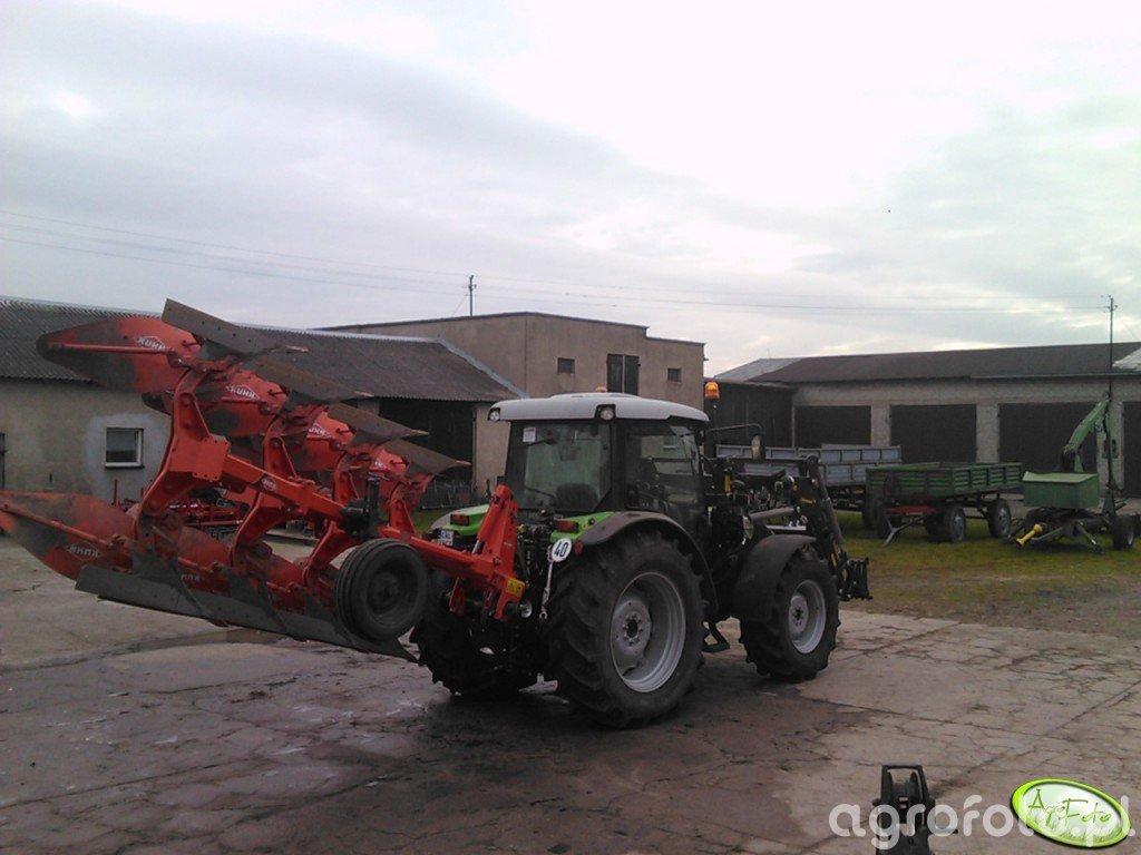 DF Agrofarm 410 DT + Kuhn Master 102