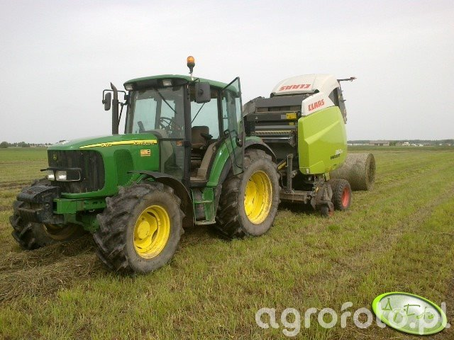 JD 6420 + Claas Variant 360 rc