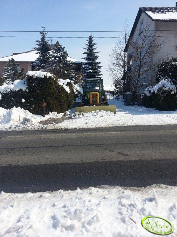 Ursus C-360 + pług do śniegu