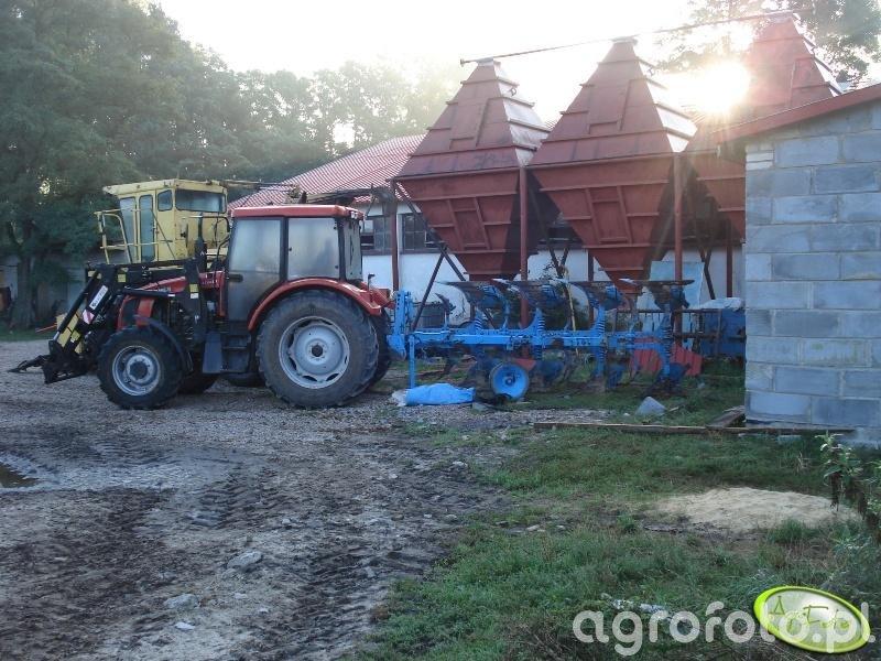 Farmer 8244 C2 + Lemken