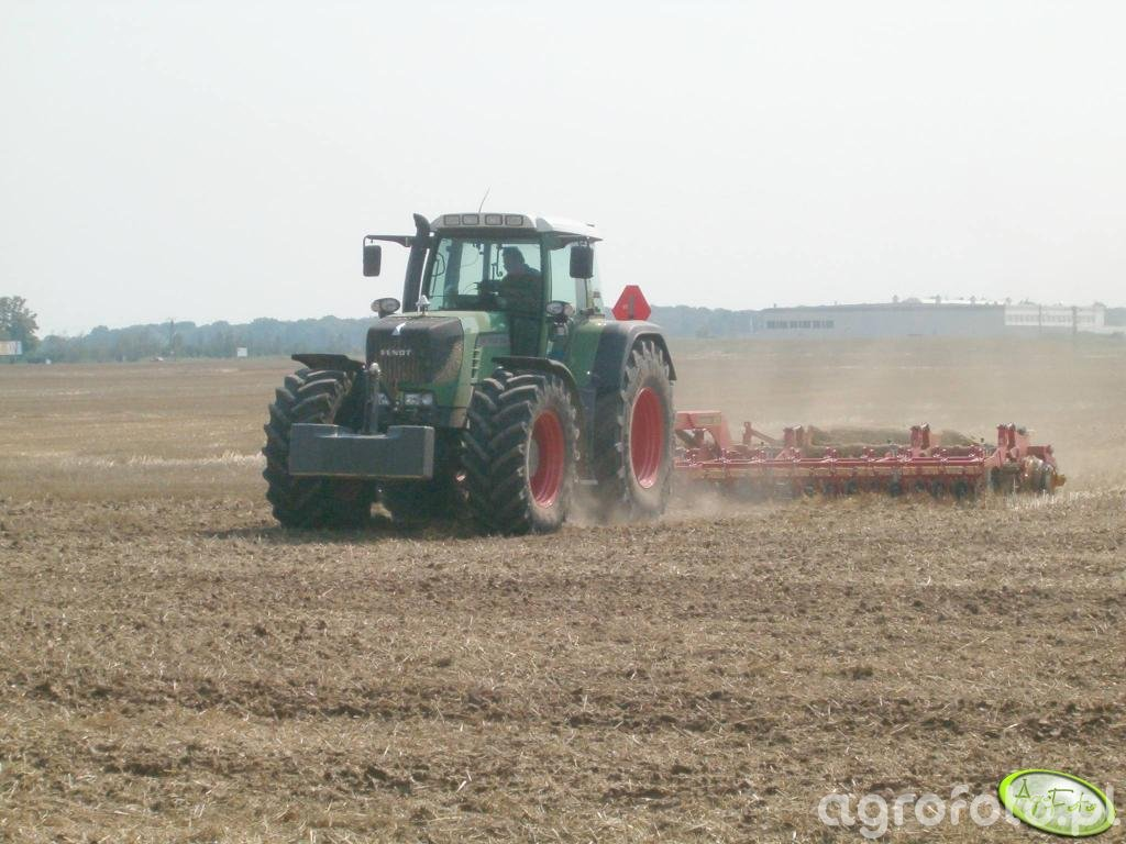 Fendt 930 + Vaderstad Carrier CR 820