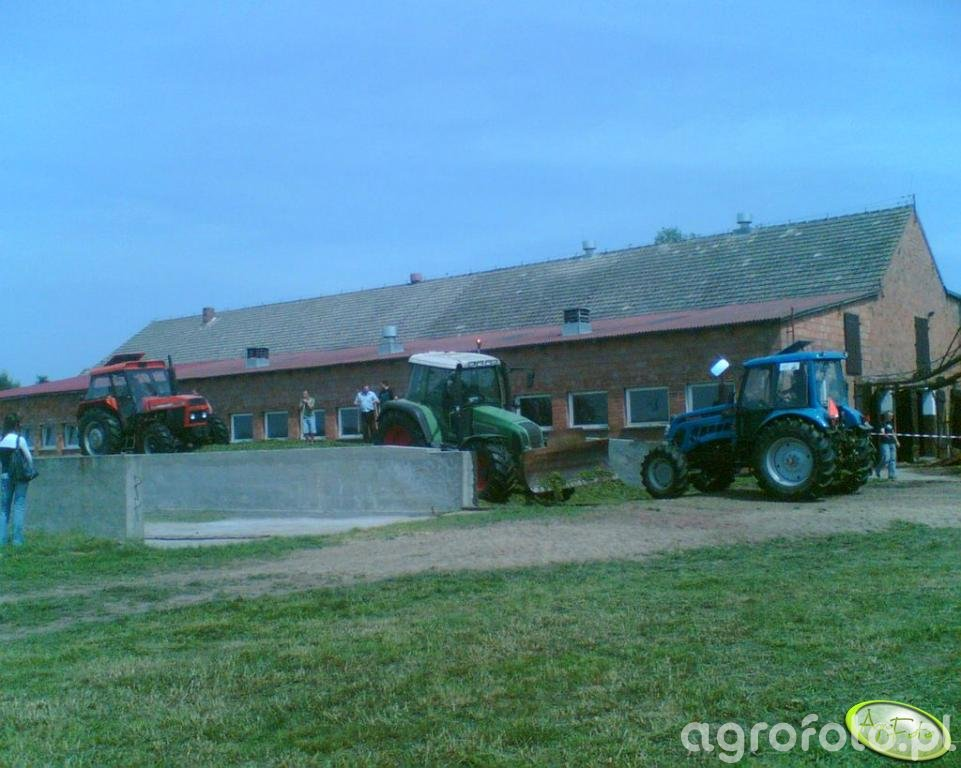 Fendt Farmer 412 vario & Ursus 1014 & Pronar 1221A