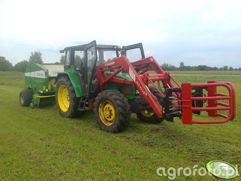 JD 3300 + Sipma Z-271 Farma II