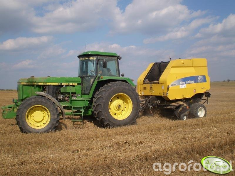 JD 4955 + NH BR750A