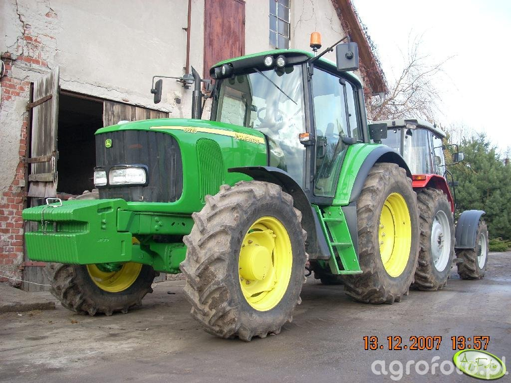 JD 6620 Premium i MF 4255 po myciu:D